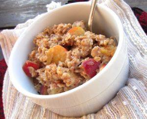 Easy Breakfast Ideas - Apple Spice Oatmeal