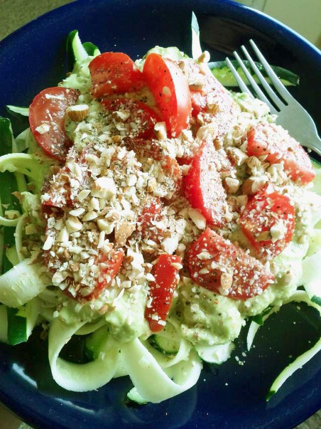 Zucchini Noodles (ZOODLES) with Creamy Avocado Sauce - #HealthyHappySmart #Recipe #HealthyRecipe #Vegan #Vegetarian #Raw #Paleo #GlutenFree