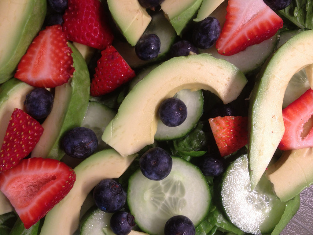 berry, avocado, cucumber salad - PLUS 4 more healthy + quick recipes that include berries.