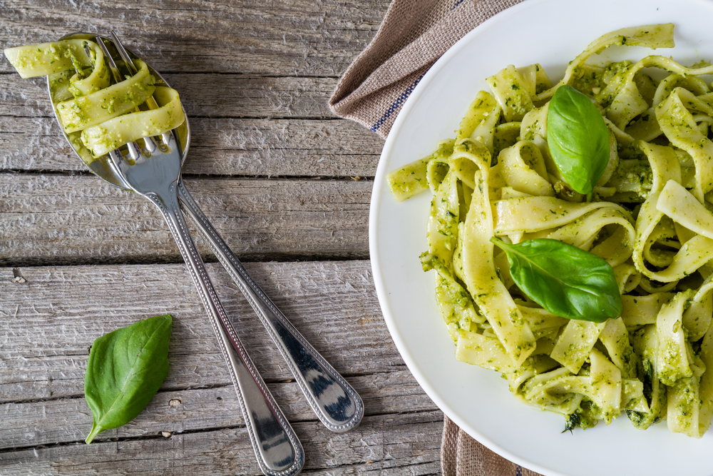 Pesto Sauce: How to cook + healthy pesto recipe ideas