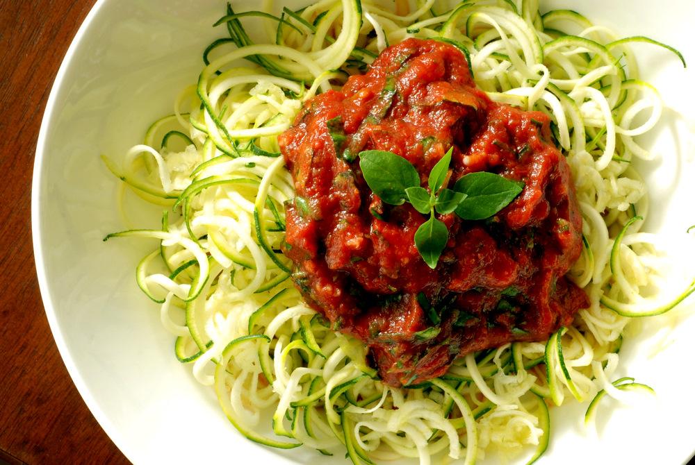 Zucchini Noodles with homemade Marinara Tomato Sauce Recipe - #HealthyHappySmart