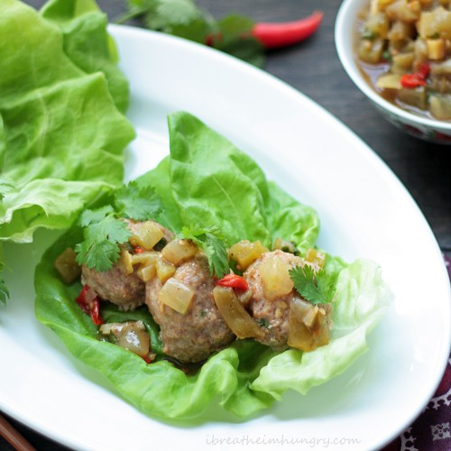 Thai Meatballs with green tomato chutney - PLUS 13 more low-carb dinner ideas! #HealthyHappySmart #LowCarb #Diet #WeightLoss